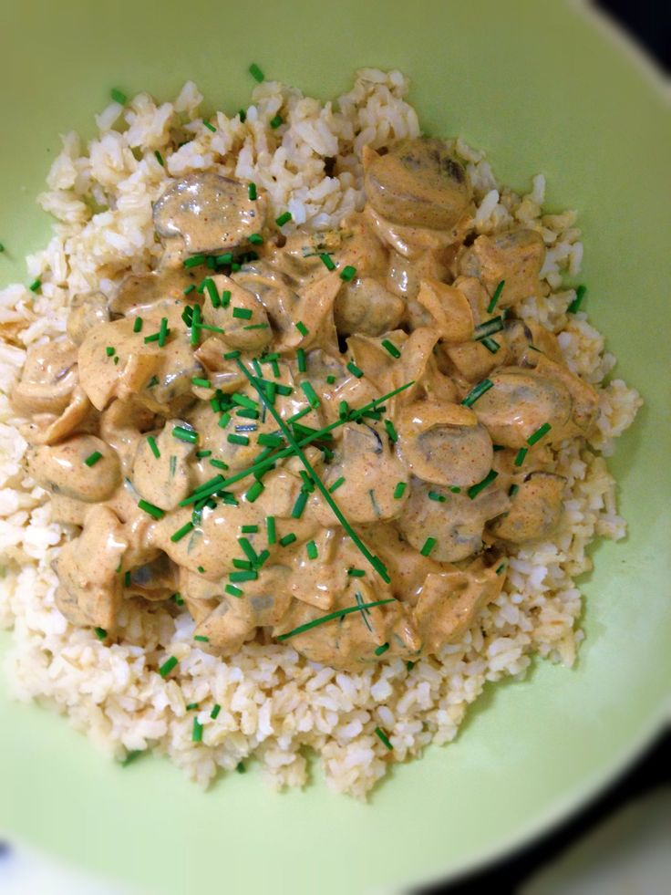 Vegan mushroom stroganoff | Foodstuffs Without Mothers | Pinterest