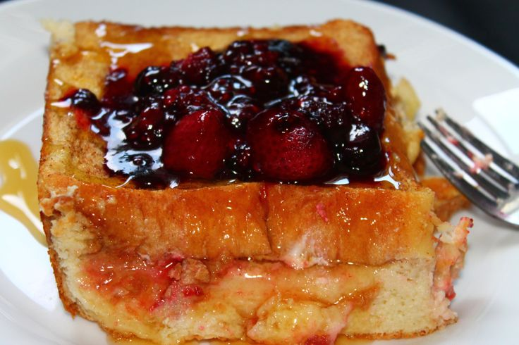 Baked Stuffed French Toast: 350F, 30-45 min. beat 4 eggs, 1 T cinnamon ...