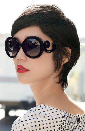 Prada 'Baroque' Round Sunglasses  (love the hair too)