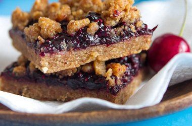 Triple Almond Cherry Crumble Squares | Food & Drink | Pinterest