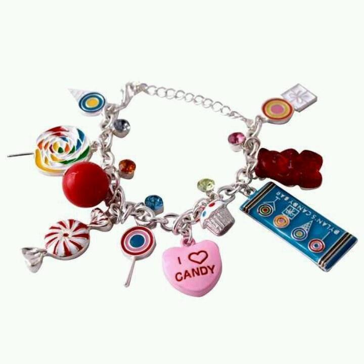 s bar charm bracelet i
