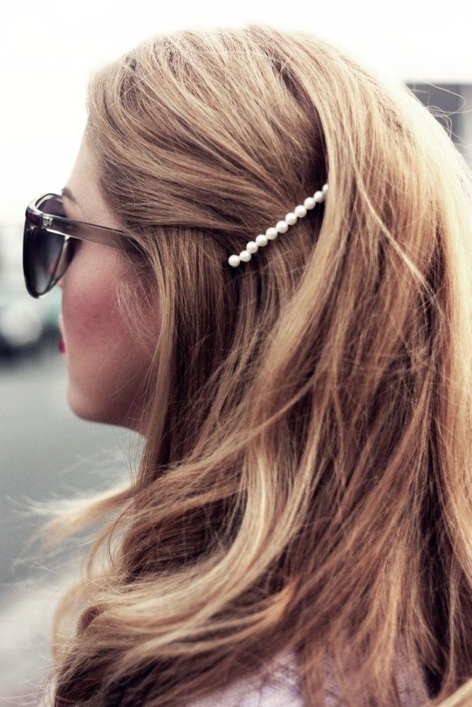 Pearl bobby pin