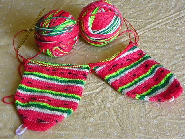 Knitting Pattern For Toe Socks : Pin by Lynn Ferguson on Knitting Pinterest