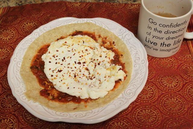Breakfast Pizza ~ Brown Rice Tortilla w/Marinara, Egg Whites & Red ...