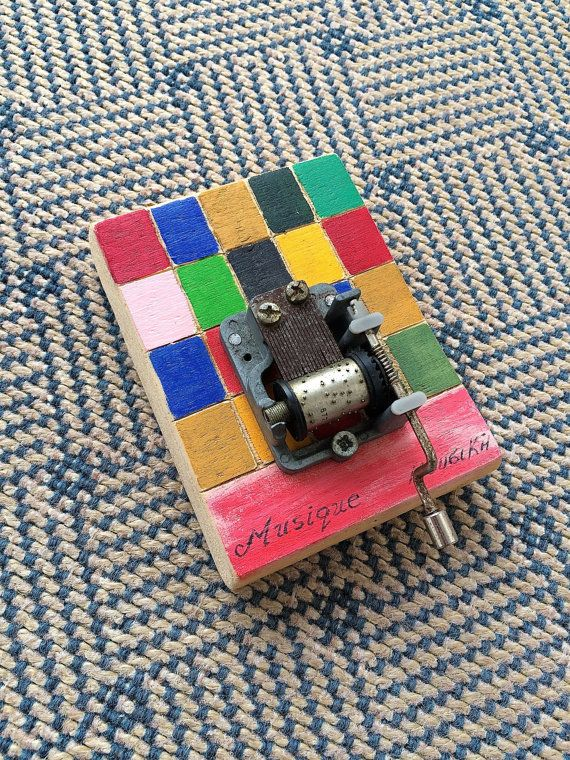 Hand cut and painted Retro music 'box' with real sound ...