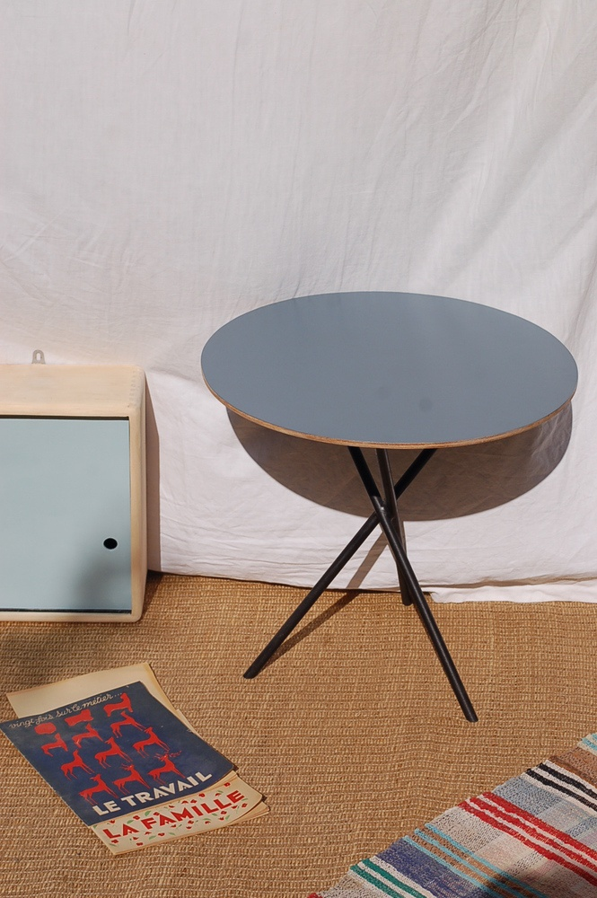 Image of table tripode 50s ronde  DESIGN  Pinterest