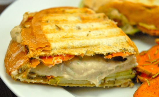White Bean Apple Rosemary Panini - This is the tastiest looking vegan ...