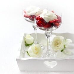 Strawberries Romanoff | Straw yum! | Pinterest