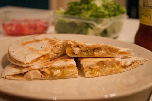 mrs harding cooks: Sweet Onion Green Chile Chicken Quesadillas