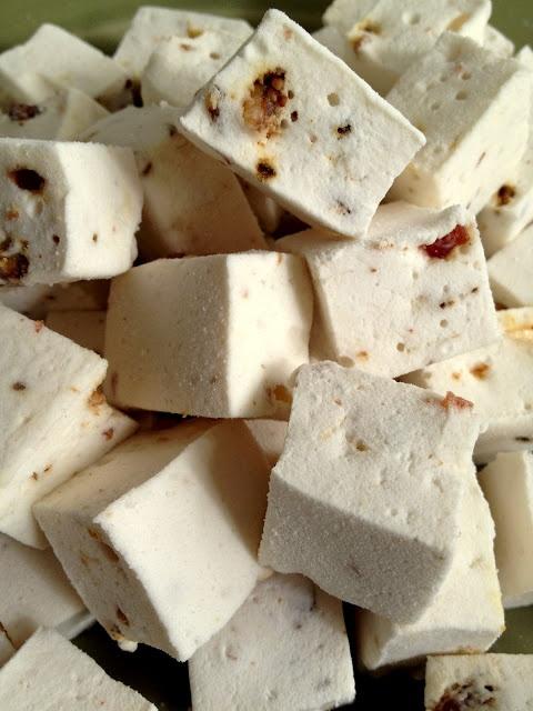 Maple-Bacon Marshmallows | Fat Thighs or Dessert | Pinterest