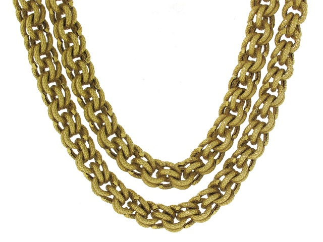 Work A Long Chain As The First Part Of The Solomons Knot