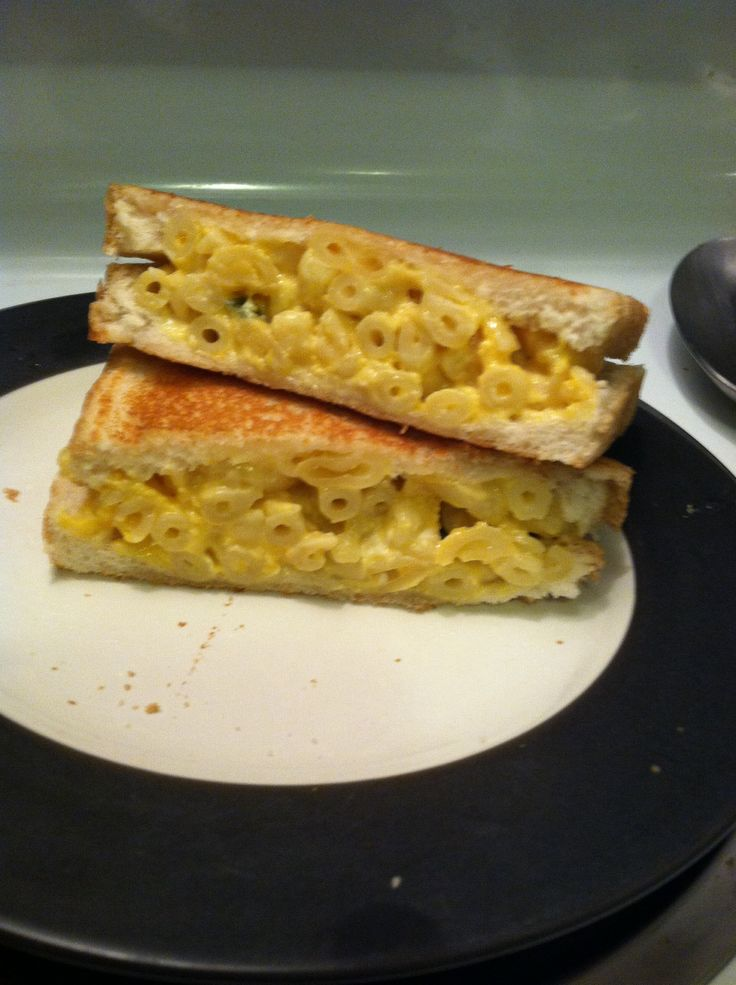 Shut up! Grilled Mac & Cheese Sandwich - Perfectly made with leftovers ...