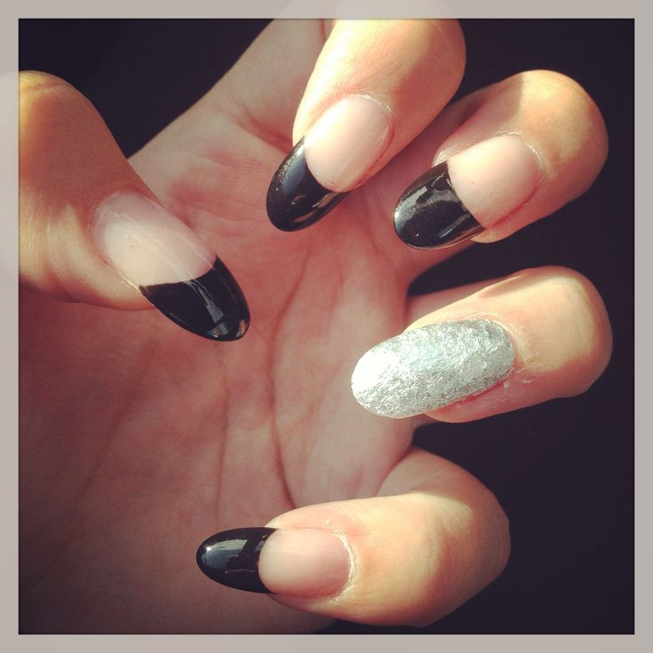 Black Pointed Nails Pointed Nails With Fre...