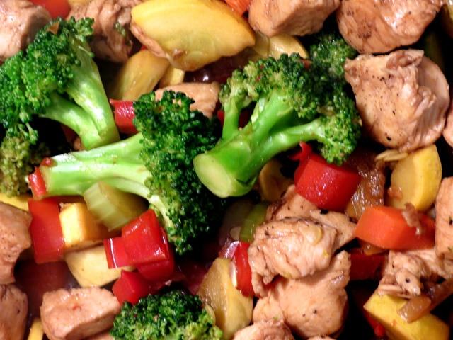 Easy Chicken Stir Fry | Cook It | Pinterest