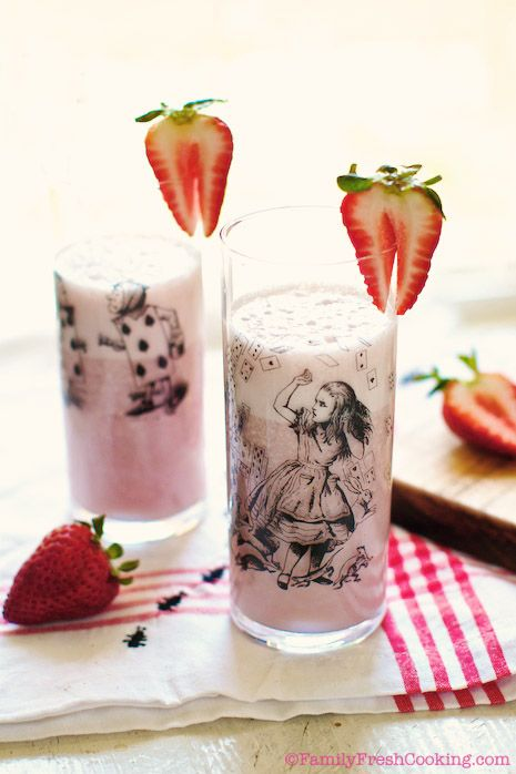 Strawberry Milk | I Came to Eat | Pinterest