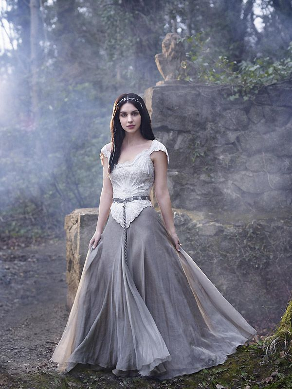 Time keeper reign costume archive for Reign mary wedding dress