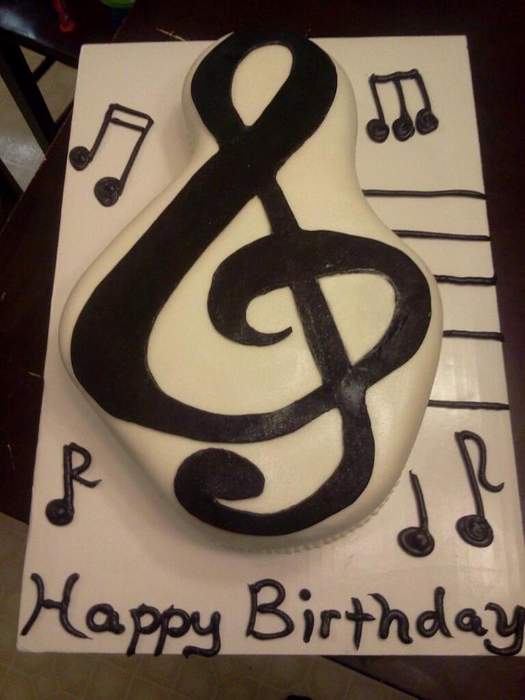 treble clef cake