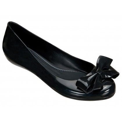 Mel Shoes by Melissa | Strawberry Black Bow Gloss Pumps | www.melshoes