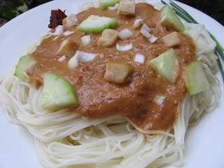 Brown Bag Lunch #6 Thai Chicken Peanut Noodle Salad