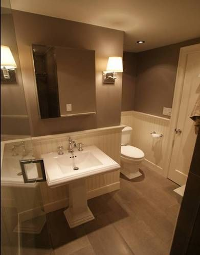 5 great bathrooms with wainscoting bathroom ideas for Great bathroom ideas pictures