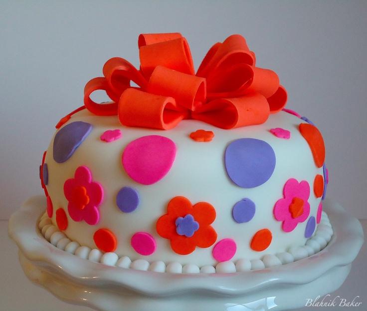 funny fondant cakes