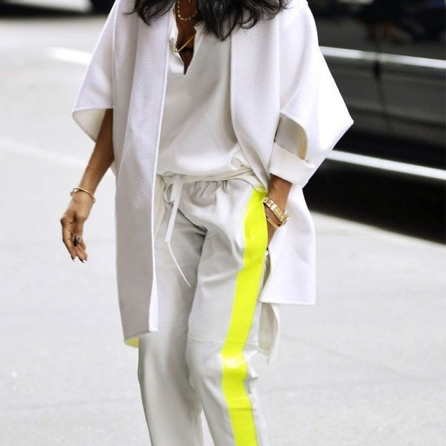 All white with neon stripe #Fashiolista #Inspiration