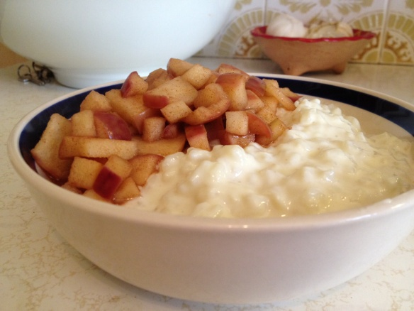 creamed rice and apple pudding   Stuff to Try   Pinterest
