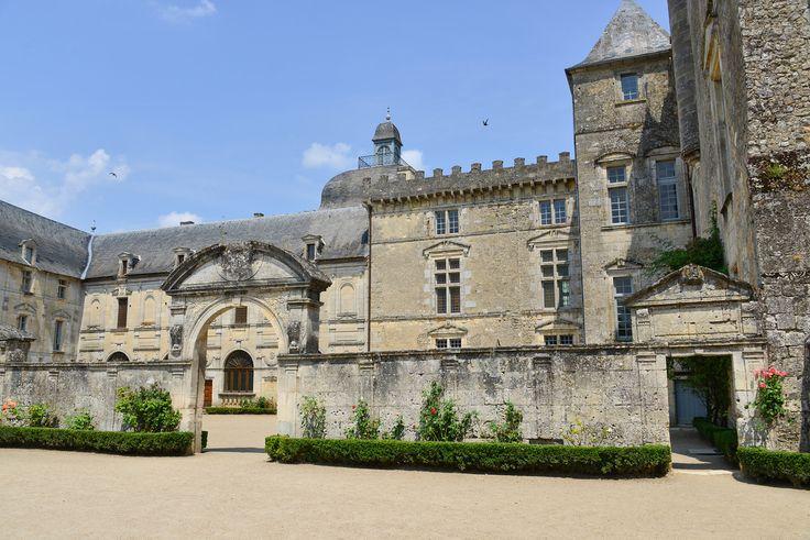 Chateau de vayres france for Pinterest fr
