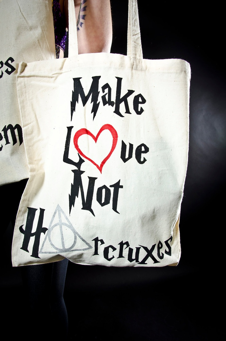 I want this bag for library books..lol