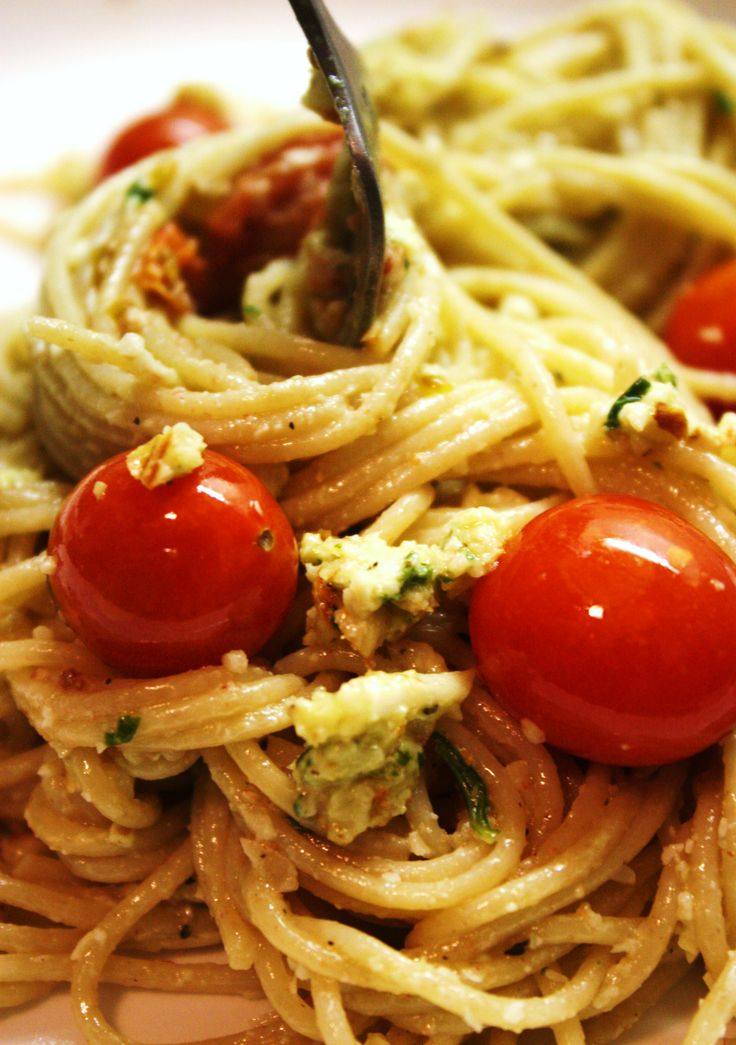 Almond Basil Pesto Pasta with Roasted Cherry Tomatoes | Recipe