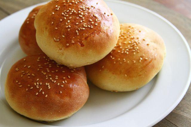 Homemade Hamburger Buns #recipe | Eats and Drinks #recipes | Pinterest