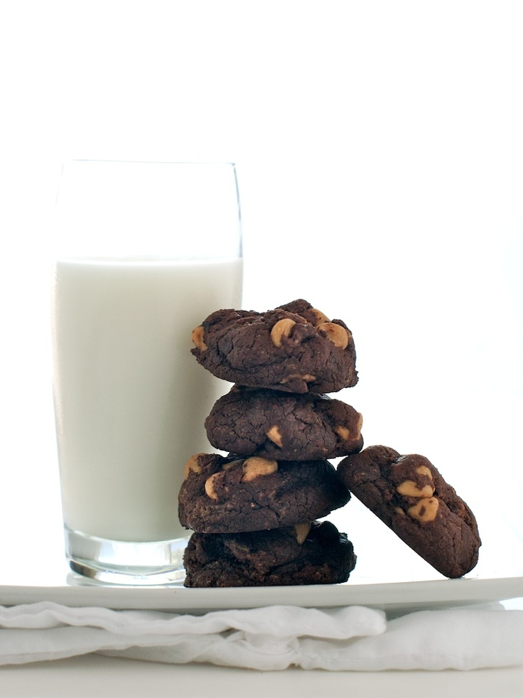 ... salted cookies w/ creamy peanut butter chips & icy cold glass of milk