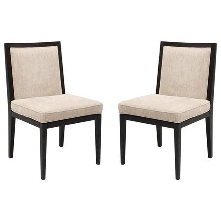 Cadeiras de jantar.