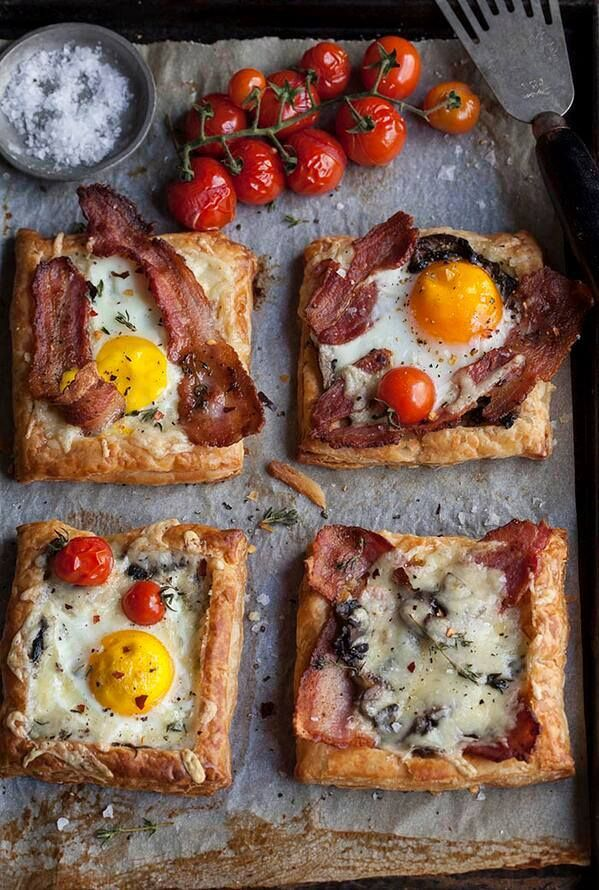 puff fried egg and bacon puff pastry breakfast pizza eggs in puff ...