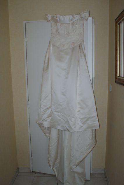 Belle robe de mariée  Robes de mariée et articles de mariage d ...