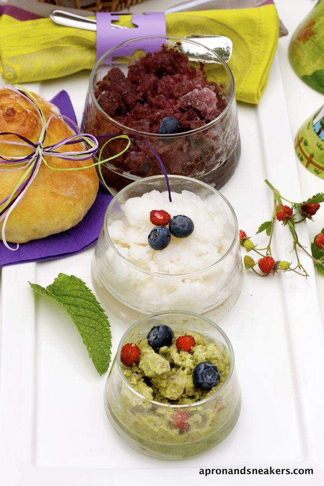 Sicilian Summer Breakfast: Tris di Granita con Brioche