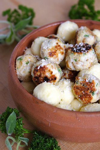 Daring Cooks, May 2009 – Zuni Ricotta Gnocchi on http ...
