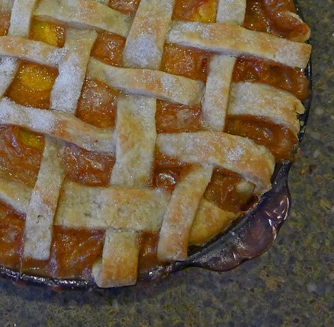 Bourbon Peach Pie | Queen of the Kitchen | Pinterest
