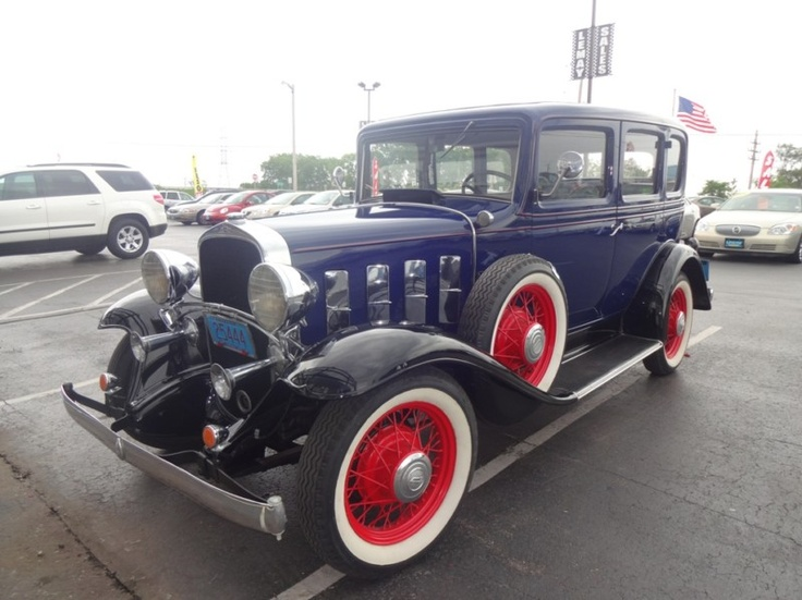 1932 chevrolet 4 door sedan deluxe cars pinterest for 1932 chevrolet 4 door sedan