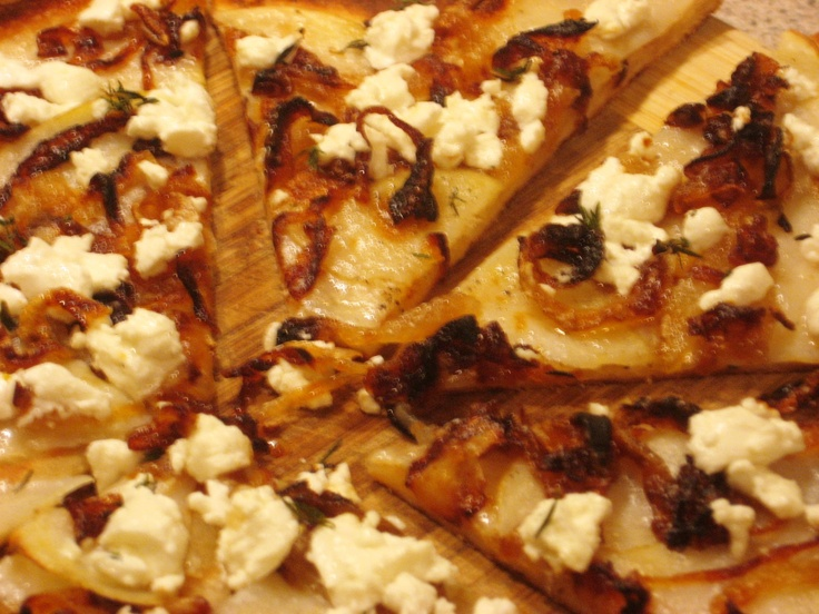 Potato, Caramelized Onion, Goat Cheese & White Truffle Oil Pizza (on ...