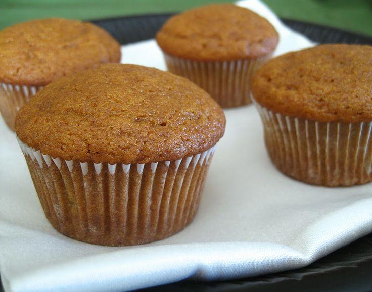 easy HEALTHY pumpkin spice muffins | Pumpkin | Pinterest