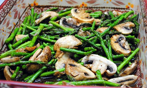 Baked asparagus & mushrooms with balsamic butter sauce | Crazy Jamie'...