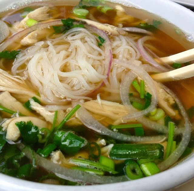 yobodish: Pho Gà Vietnamese Noodle Soup with Chicken... and Veggies ...