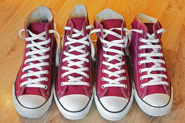 Four ways to lace shoes, to keep in mind