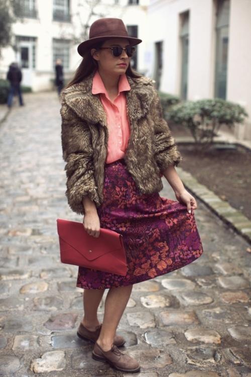 clutch, cobblestone, pinks