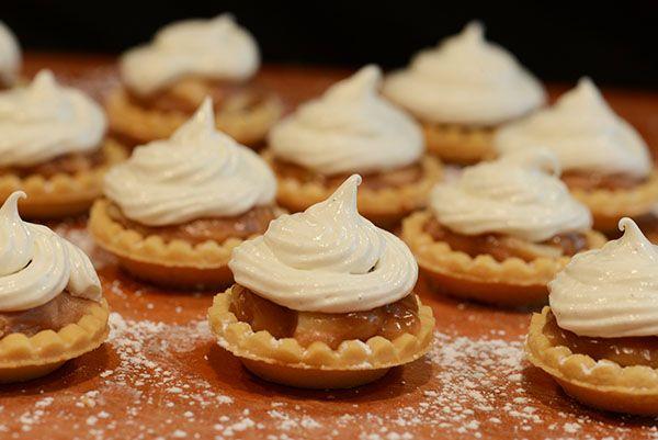 More like this: white chocolate , chocolate tarts and macadamia .