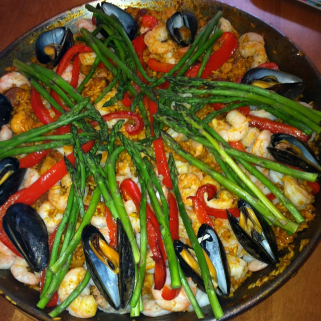 Seafood and chicken Paella   Yummy!!!   Pinterest