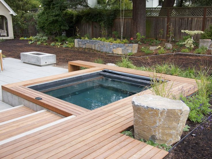 Backyard yard layout and hottub pools fountains hot for Hot tub designs and layouts