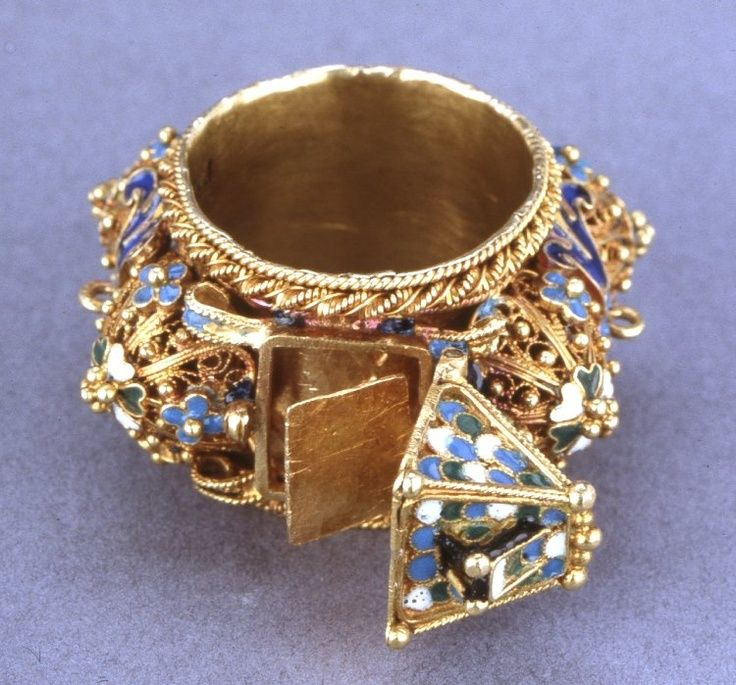 traditional jewish wedding ring bijoux anciens pinterest With antique jewish wedding rings