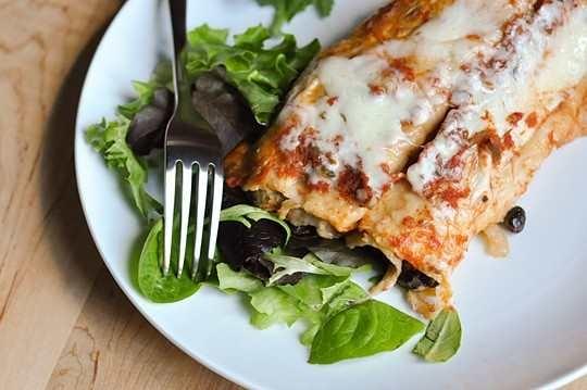 Slow cooker black bean enchiladas | Yummy Food! | Pinterest